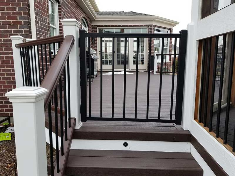 Deck Lighting And Accessories For Your Low Maintenance
