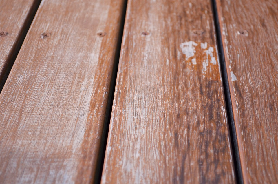 Invigorate an Old Deck by Redecking!